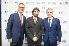 El director General Adjunto de Centro Farmacéutico, Fernando Ruiz, en compañía de Joan Peris y José Luis Daroqui.