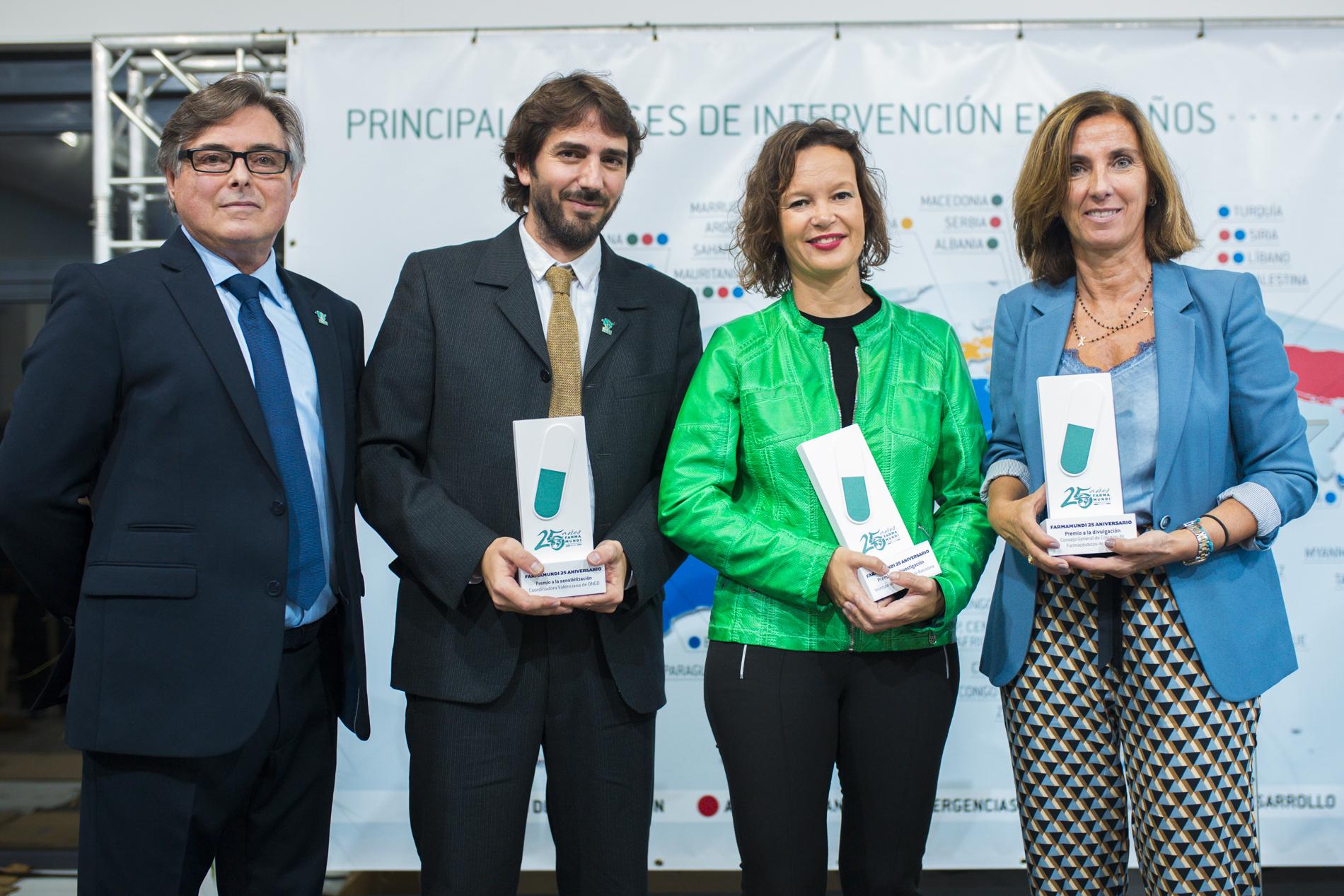 Farmamundi celebra su 25 aniversario con una entrega de premios en su sede central en Valencia