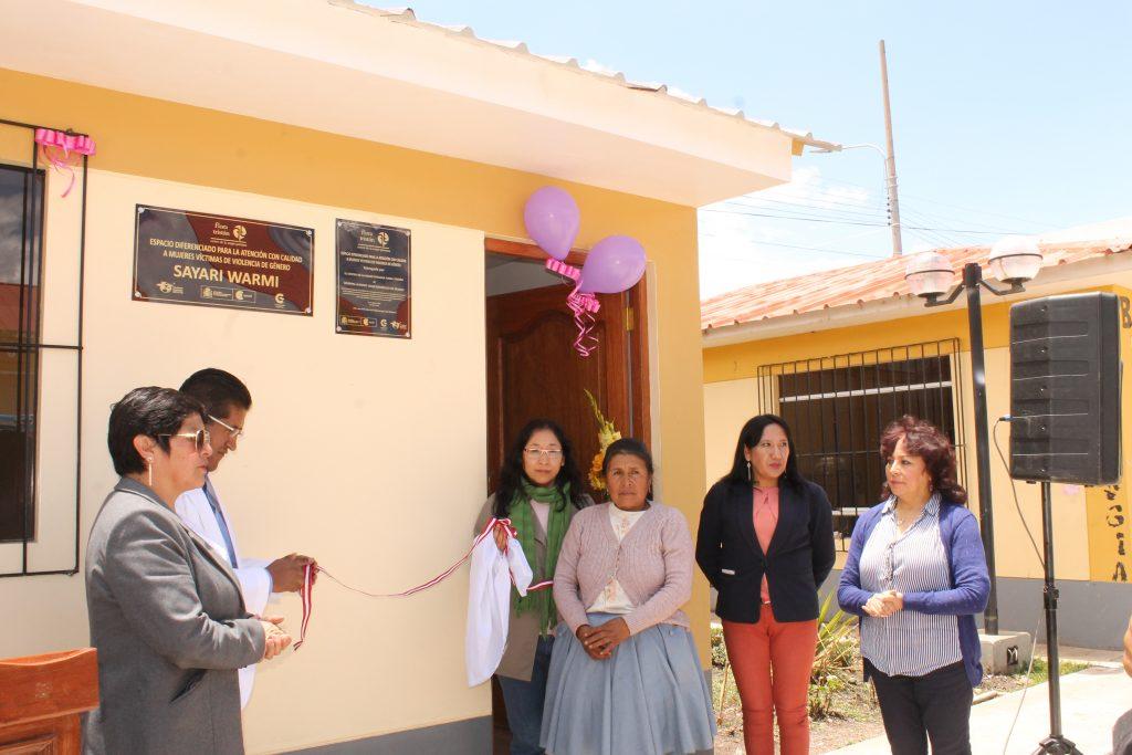 Farmamundi está presente en la inauguración del centro diferenciado para mujeres en Perú