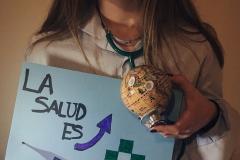 La salud debería de ser universal para todo el mundo, independientemente del sexo, origen étnico, religión y/o nivel de ingresos. Aunque la realidad muestra lo contrario, ya que la OMS y el Banco Mundial afirman que hay más de 400 millones de personas en países de renta media que no tienen acceso a algún servicio de salud esencial.  Tamara Mª Vega Sierra, 6 de abril de 2018, Pola de Siero, Asturias.