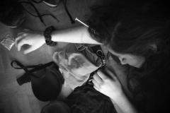 En diversos lugares del mundo las mujeres son utilizadas, mediante el uso de la fuerza o de la droga, para satisfacción sexual de los hombres, sin hacer uso de preservativo y poniendo en peligro su salud sexual. Para encontrar casos como este no es necesario ir a otros continentes, sólo en España en el año 2016 1.249 mujeres, que se conozcan, fueron violadas.  Diego González Noval, 4 de Abril de 2018, Pola de Siero.