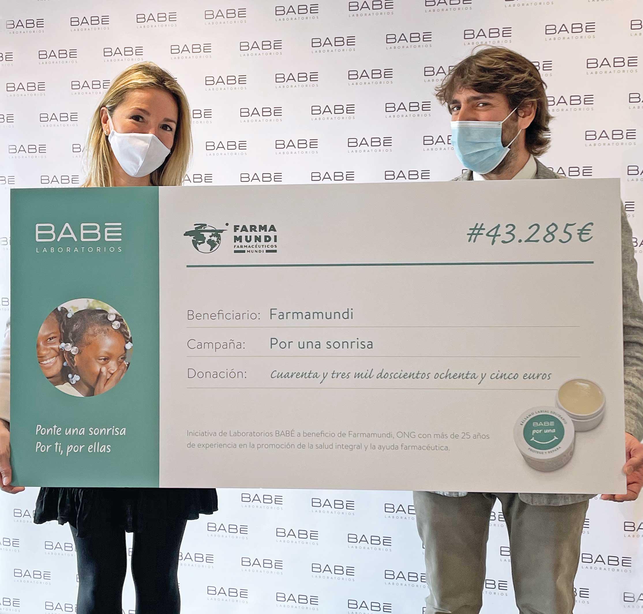 Bálsamos solidarios | BABÉ entrega la primera donación a Farmamundi