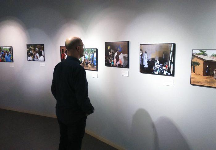 Zaragoza acoge la exposición 'Wanawake' sobre género y salud en RD Congo