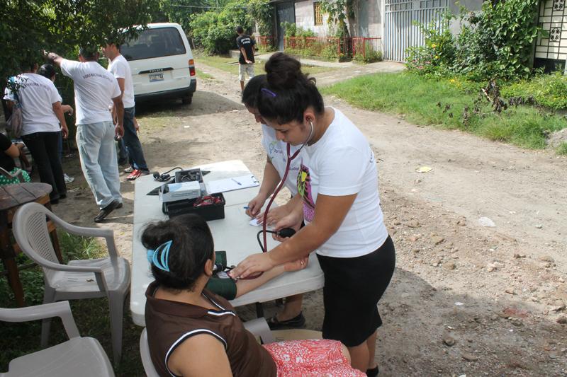 Farmamundi mantiene en la actualidad siete proyectos y un convenio en marcha en El Salvador con varias asociaciones locales centrados en la prevención y atención de la violencia contra la mujer,