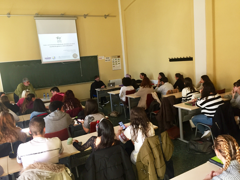 Aprendizaje y servicio | Reflexionamos sobre derechos humanos y salud en Gijón