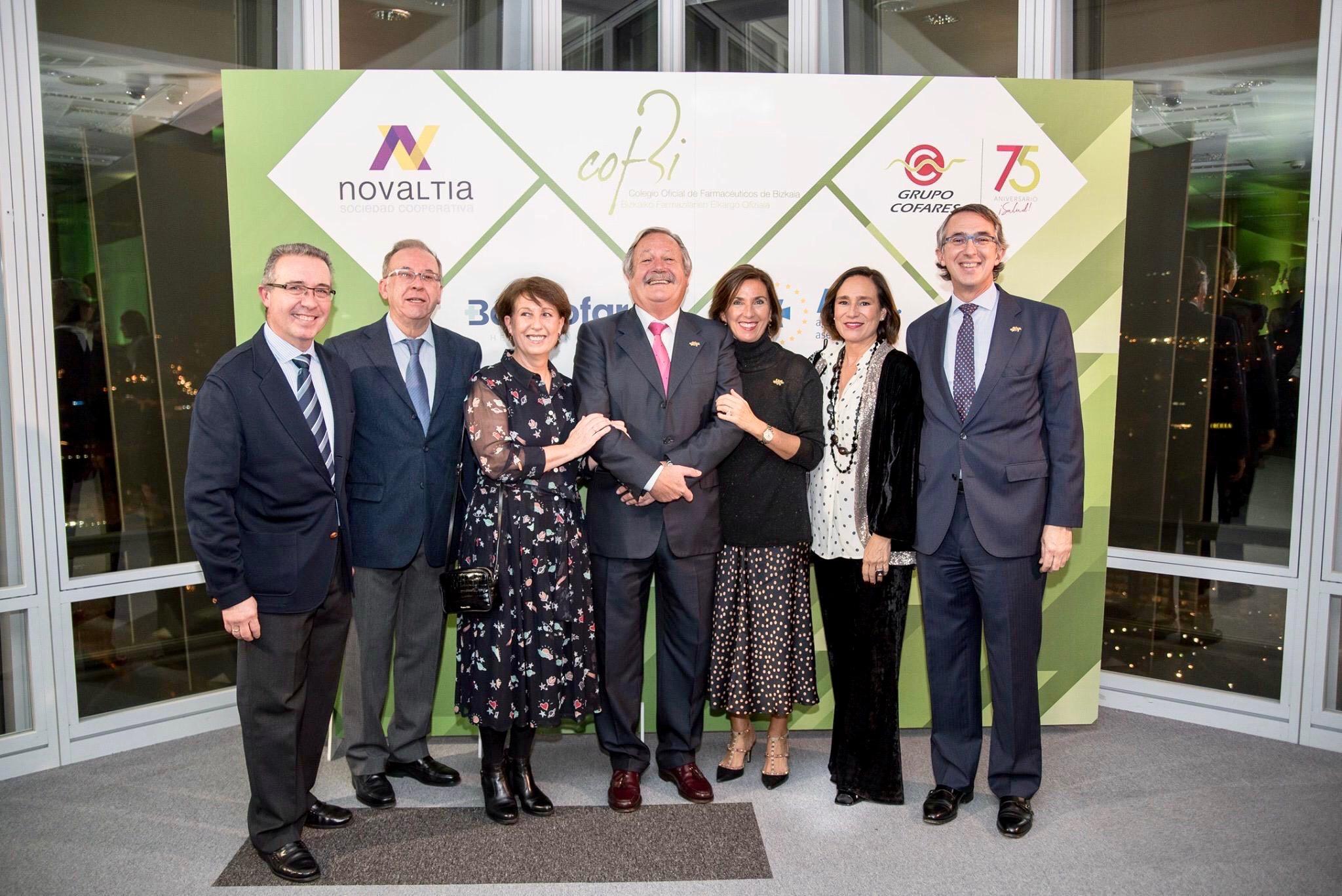 Michel Catapodis recibe la 'Distinción de honor' del COF de Bizkaia