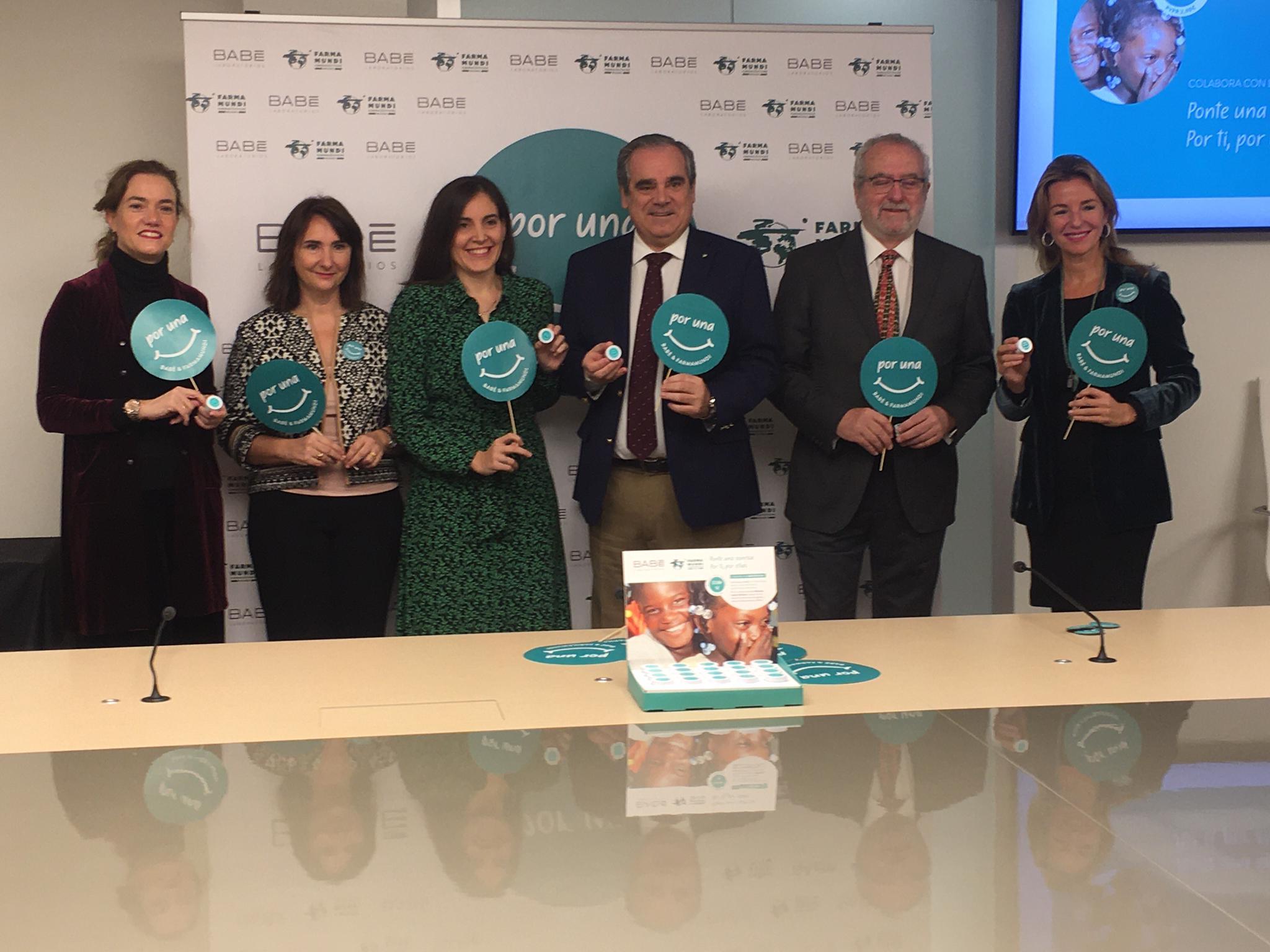 'Por una sonrisa', la nueva campaña en farmacias junto a Laboratorios BABÉ