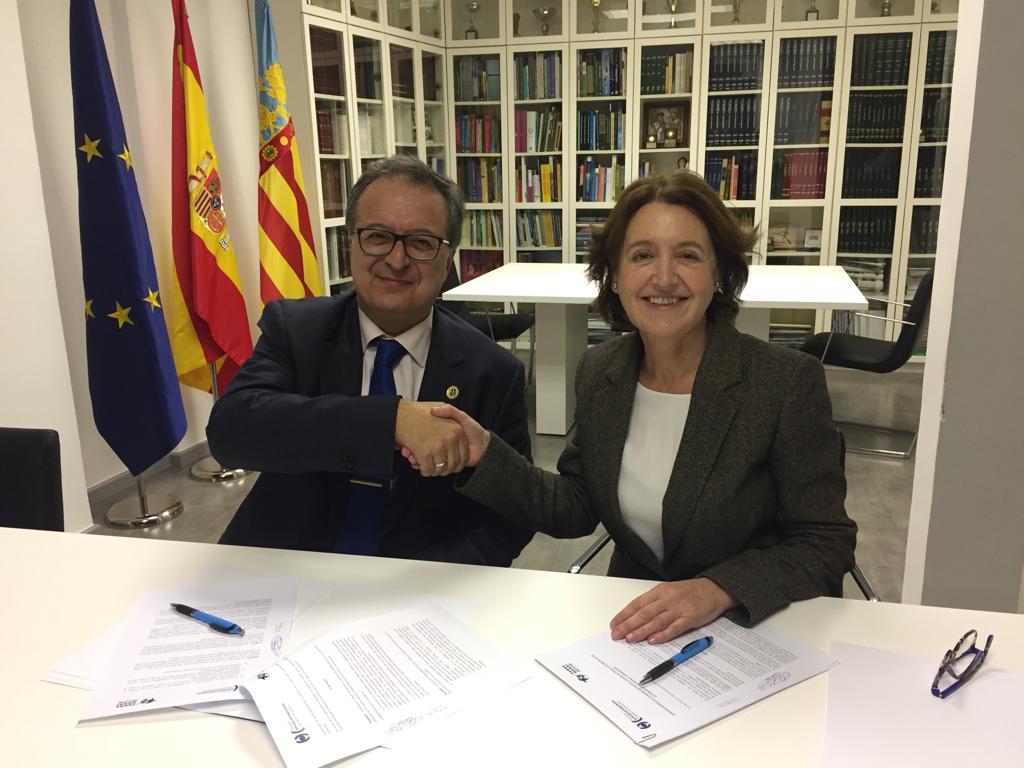 El Colegio de Ópticos-Optometristas de la Comunitat Valenciana y Farmamundi se alían por el derecho a la salud visual