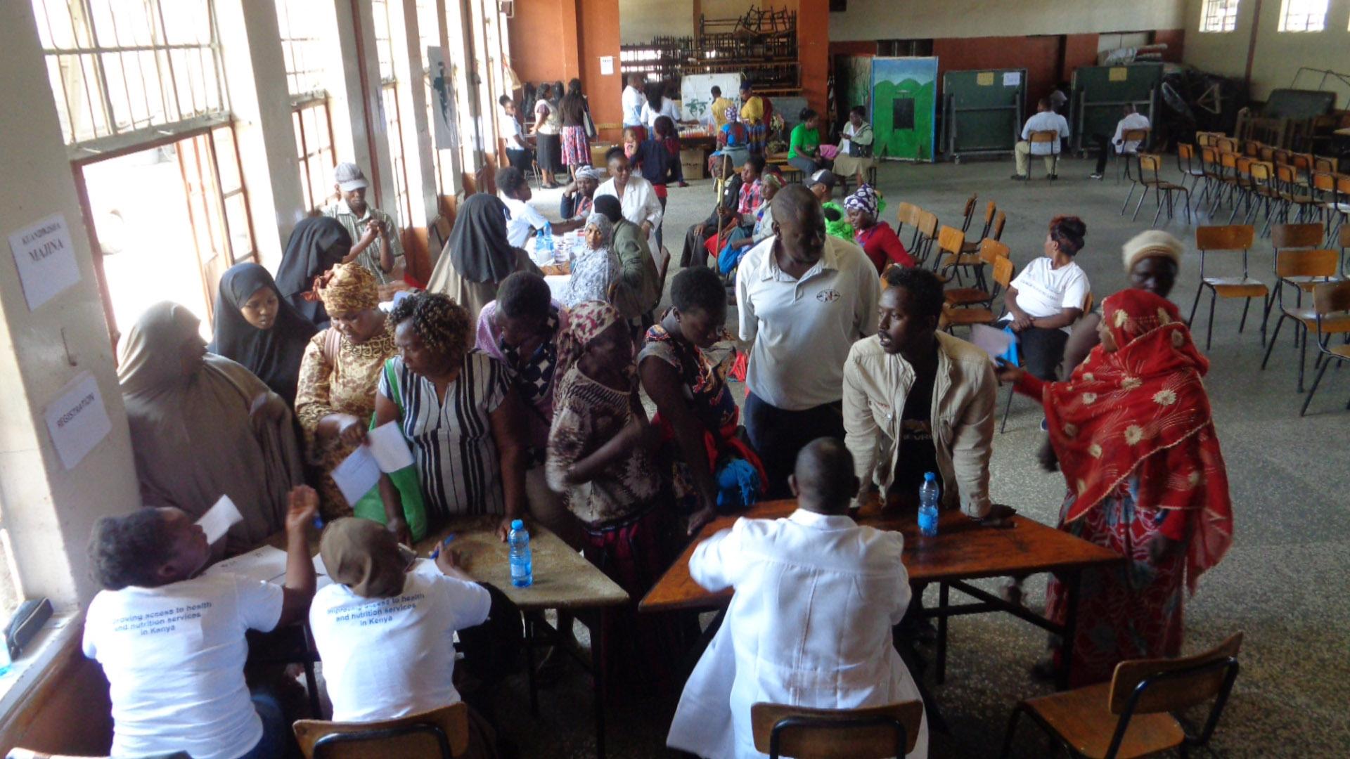 En Kasarani, Nairobi, la población refugiada necesita atención sanitaria urgente