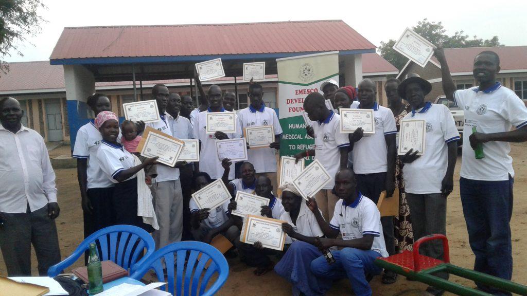 Entrega de diplomas formación Uganda