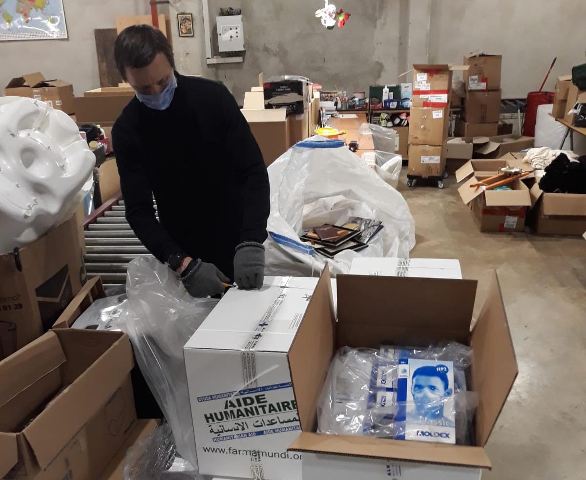 Suministramos EPI a Cáritas para dotar a su personal sanitario y voluntarios