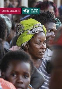 Portada de la memoria 2019 con mujeres en Mozambique