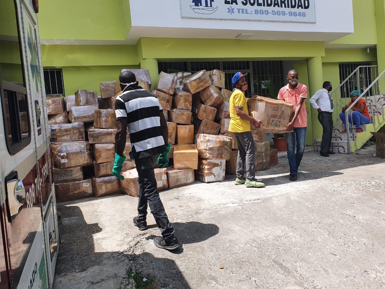 Distribuimos en Haití 2,900 kits de higiene y prevención para frenar la propagación del COVID-19
