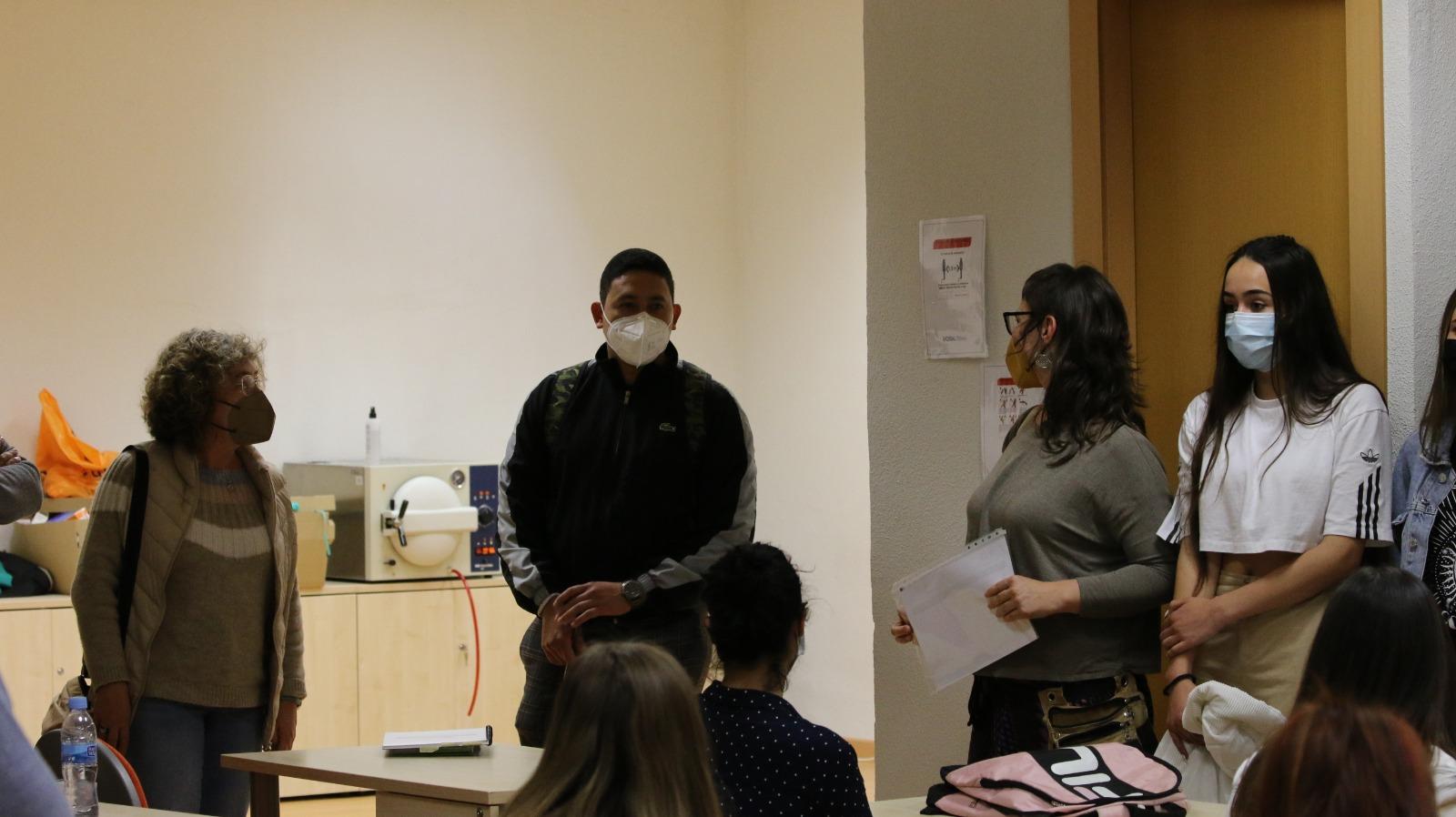 Jóvenes de Castelló organizan un debate para reivindicar su derecho a la salud